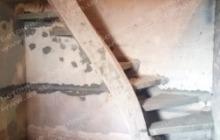 Поворотная лестница для квартиры