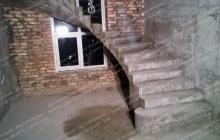 Черкасы бетонная лестница в доме