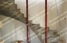 Поворотная лестницы из бетона Ирпень