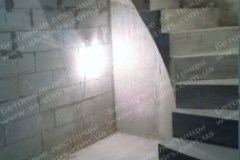 Драгоманова бетонная лестница в доме