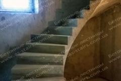 Озадовка дизайнерская лестница для квартиры