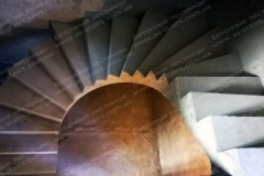 Озадовка монолитная лестница для квартиры