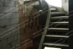 Лестница из бетона на тетивах