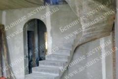 Изготовление криволинейной монолитной лестницы