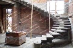Поворотная лестница на 1 косоуре