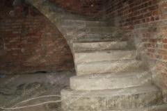 Будущая лестница из бетона