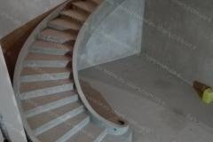 Круглая железобетонная лестница
