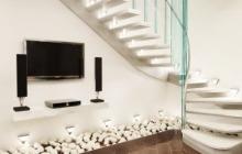 Бетонная лестница для гостинной