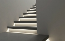 Бетонная лестница с подсветкой