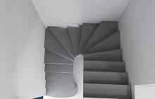 П-образная монолитная лестница из бетона