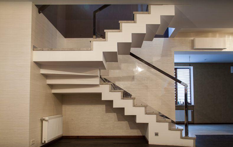 заказать бетонные лестницы киев работы